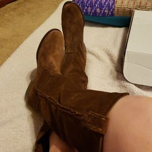 New Frye knee high brown suede boots 8.5